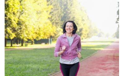 5 môn thể thao giúp phụ nữ tuổi 50 giảm cân, giữ dáng, tăng cường sức khỏe